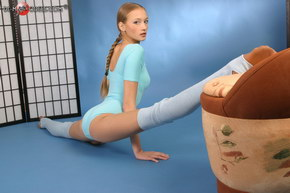 nude flexible contortion girls