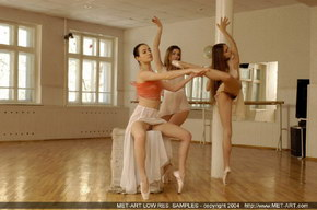 nude dancers in ballet