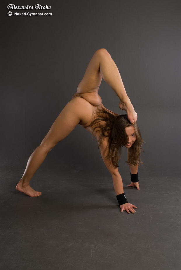super flexible women