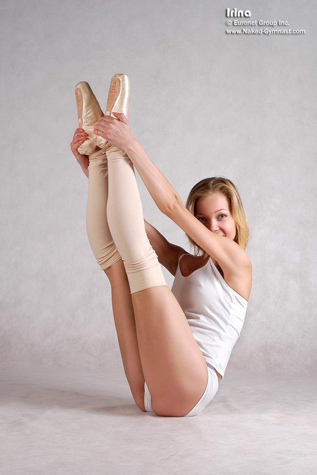 Skinny contortionist naked stretching 6