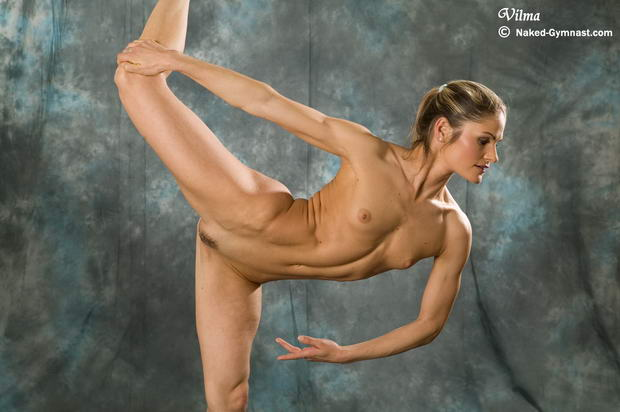 flexible girls spreading legs: balletporn.ballet-porn.com/flexible-naked-dance.html